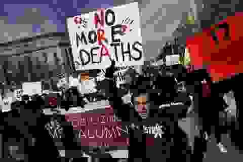 Hàng trăm nghìn người Mỹ biểu tình chống bạo lực súng đạn