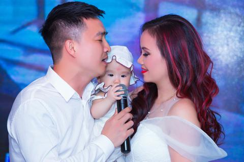 Diễn viên 4 lần kết hôn tiết lộ cách giữ chân chồng kém tuổi