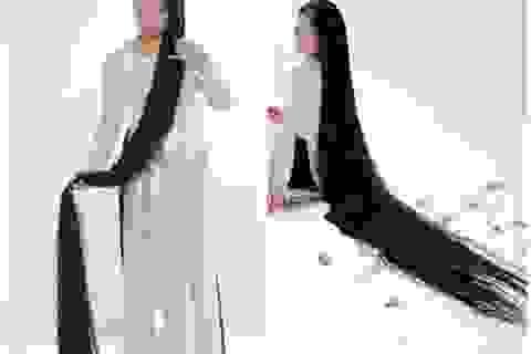 Chuyện chưa kể về người phụ nữ có mái tóc dài nhất Việt Nam