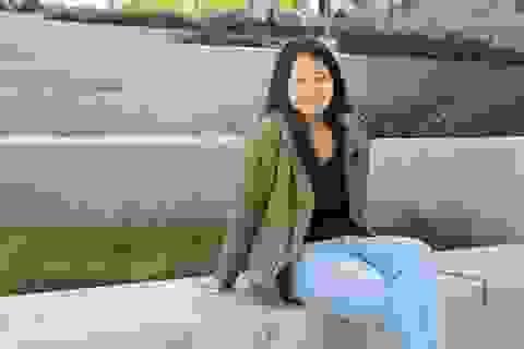 Fanpage ĐH Stanford chia sẻ câu chuyện vượt qua nỗi sợ đám đông của nữ sinh Việt