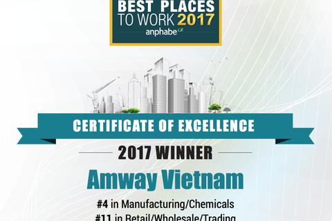Amway Việt Nam cùng lúc nhận 2 giải thưởng lớn về nhân sự
