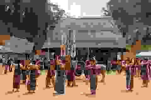 """Lễ hội """"Tạ ơn rừng"""" của đồng bào Cơtu"""