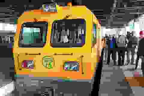 Đầu tàu đặc biệt chạy thử đường sắt trên cao Cát Linh - Hà Đông