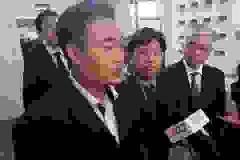 Tạm đình chỉ vụ Vinasun kiện Grab đòi 42 tỉ đồng