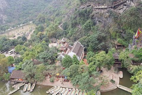 """Vụ công trình không phép ở Tràng An: """"Sở Du lịch Ninh Bình đã làm hết trách nhiệm"""" (!?)"""