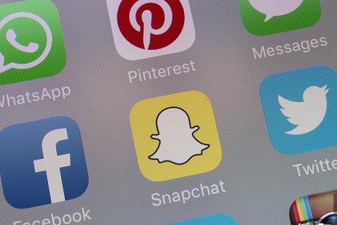 Có dễ dàng để từ bỏ được mạng xã hội?