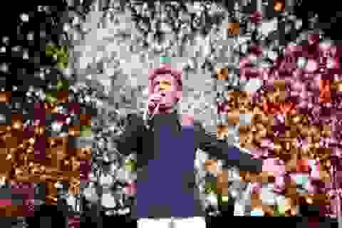 Giọng ca Modern Talking khiến 4.000 khán giả Hà Nội nhún nhảy