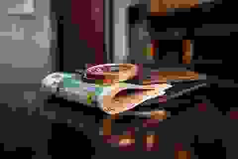 Bạn sẽ làm gì khi phát hiện đứa con lên bảy lấy trộm tiền của mình?