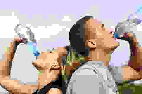 Con người có thể sống sót bao lâu mà không uống nước?