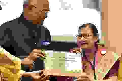Những bài học cuộc sống từ hướng dẫn viên 91 tuổi giỏi nhất Ấn Độ