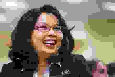 Thượng nghị sĩ Mỹ đầu tiên sinh con khi đang tại chức