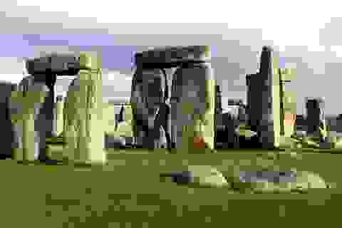 Giải mã bí ẩn một vài tảng đá ở Stonehenge