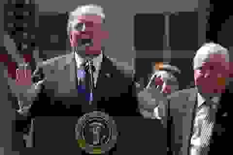 Tranh cãi với Trung Quốc, ông Trump tiếc TPP?