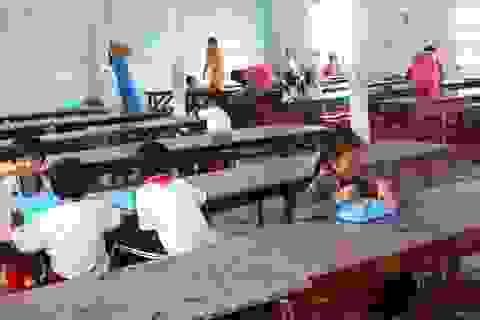 """Trường thu """"khống"""" hơn 130 triệu đồng tiền ăn của học sinh bán trú"""