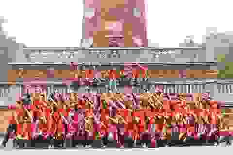 600 tình nguyện viên đạp xe 100km về dâng hương tại Đền Hùng