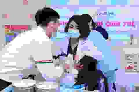 Các bác sĩ nha khoa Hàn Quốc khám chữa răng miễn phí cho trẻ mồ côi
