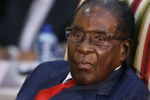 """Tuyên bố 15 tỷ USD kim cương """"bốc hơi"""", cựu tổng thống Zimbabwe bị triệu tập"""