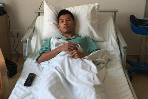 Đạp gãy xương đối thủ, cầu thủ Than Quảng Ninh không bị nhận án phạt