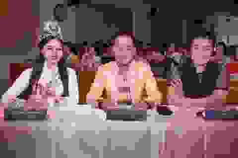Nữ Hoàng Trần Huyền Nhung làm giám khảo quyền lực chung kết hoa khôi du lịch UFM