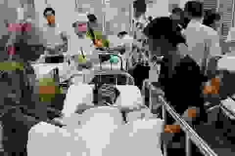 Vợ địu con thơ đi chăm chồng nguy kịch vì bỏng nặng