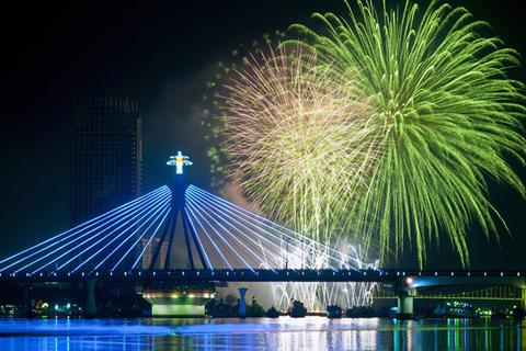 Top 3 địa điểm ngắm pháo hoa đẹp nhất Đà Nẵng