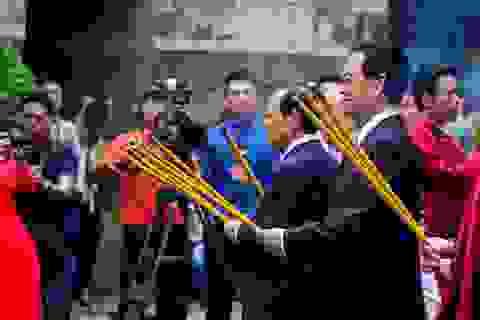 Lãnh đạo TPHCM dâng hương giỗ tổ Hùng Vương