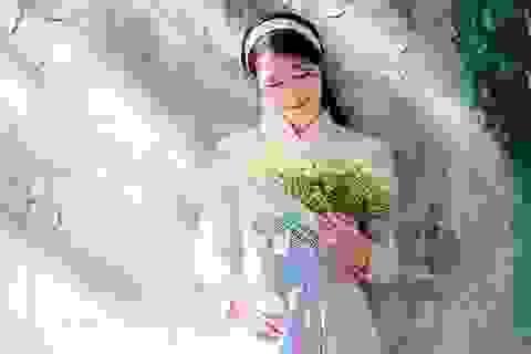 Vẻ đẹp dịu dàng của cô gái Hà thành trong những ngày nắng nhẹ