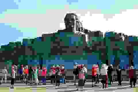 Các điểm vui chơi, tham quan tại Quảng Nam đông nghịt khách dịp lễ