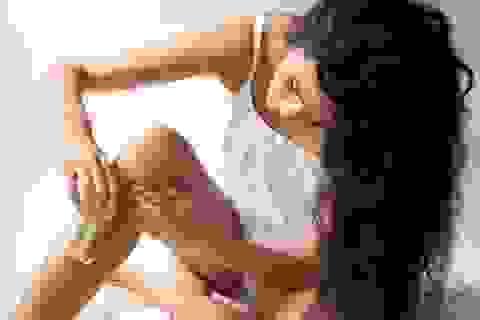 Vì sao tuyệt đối không nên dùng sữa tắm hoặc dầu xả để cạo lông chân?