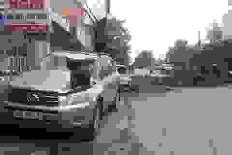 """Vụ cú đánh lái """"thần sầu"""" cứu 2 cô gái: Chủ xe Toyota không hạ mức bồi thường"""