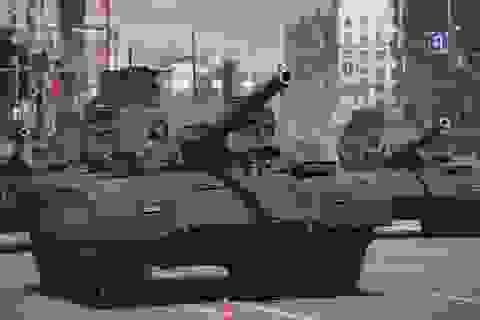 """Sức mạnh """"bất khả chiến bại"""" của siêu xe tăng Nga Armata T-14"""