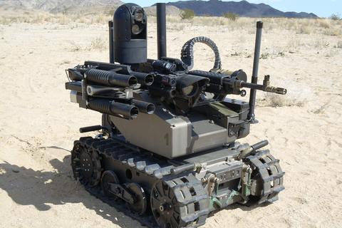 Ý tưởng mang trí tuệ nhân tạo lên robot chiến tranh khiến nhiều người lo lắng