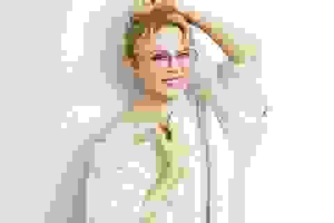 """Kylie Minogue quyến rũ hơn khi """"không thuộc về ai"""""""