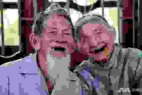 Báo nước ngoài viết về cặp vợ chồng già giữ nghề trồng rau sạch ở Việt Nam