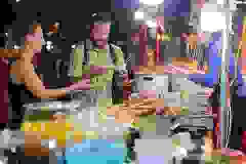 Ai xứng đáng tổ nghề đầu bếp Việt?