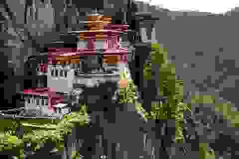 """Thế khó của """"Thiên đường hạ giới"""" Bhutan trong cuộc đối đầu giữa 2 """"ông lớn"""" châu Á"""