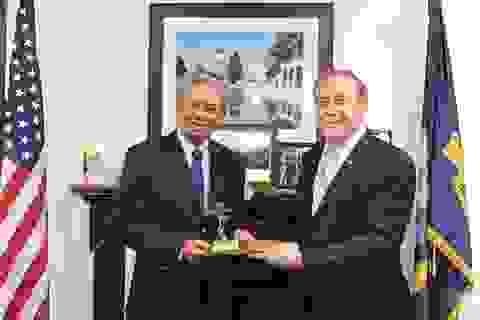 Đại sứ Việt Nam thăm Học viện Hải quân Mỹ