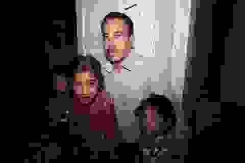 """Cuộc vật lộn giải cứu gia đình khỏi """"bóng đen"""" khủng bố IS"""