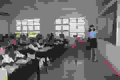 Học sinh có quyền góp ý về... chuyên môn và tác phong của giáo viên