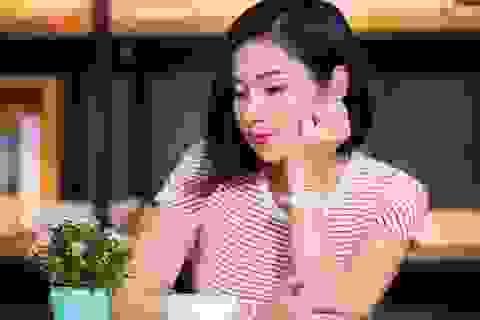 """""""Người đẹp Tây Đô"""" Việt Trinh tuyên bố sẽ... ở giá cho tới cuối đời"""