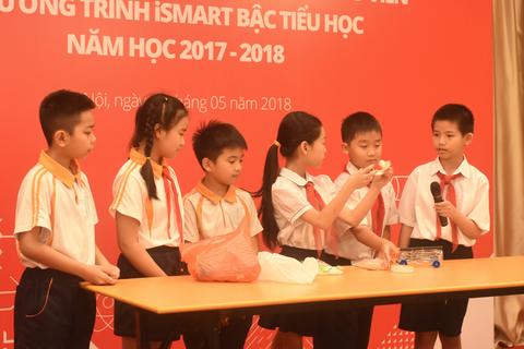Bộ GD&ĐT khuyến khích các trường dạy tích hợp tiếng Anh qua Toán và Khoa học