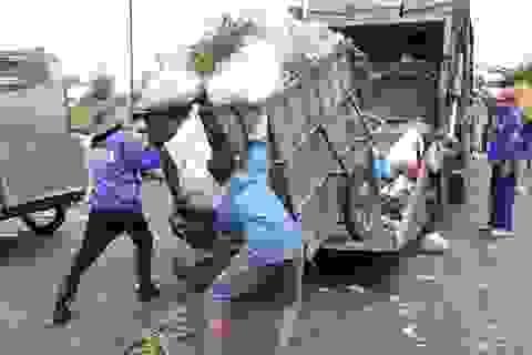 Không cho xe rác chạy xuyên tâm thành phố?