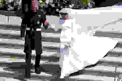 Meghan Markle diện váy cưới Givenchy
