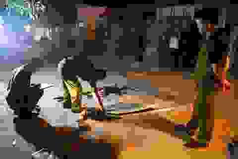 Đánh nhau vì ghẹo gái trong quán nhậu, 1 người chết, 4 người bị thương