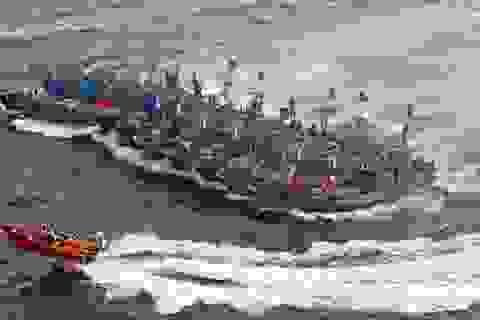 Hàn Quốc phá hủy hàng loạt tàu cá Trung Quốc đánh bắt trái phép