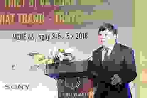 VOV tặng thiết bị Phòng thu Sen Vàng cho Đài PTTH Nghệ An