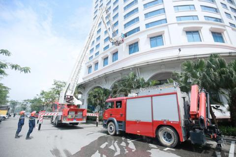 Khách sạn 5 sao tại Hà Nội tổ chức diễn tập phương án chữa cháy năm 2018