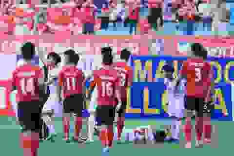 Huỳnh Tấn Tài bị treo giò 5 trận vì đạp gãy chân đồng nghiệp