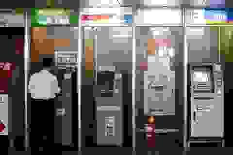 Chủ tịch Hội thẻ Ngân hàng VN: Tăng phí vẫn không đủ bù lỗ ATM