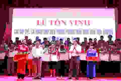 Nhiều địa phương tôn vinh những người hiến máu